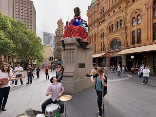 Queen Victoria statue QVB George St Sydney