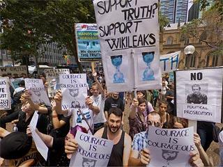 Free Assange protest